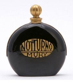 Notturno, by Mury, introduced in 1926.
