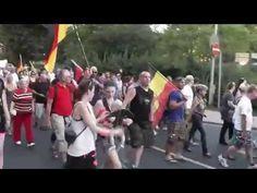 """""""Wir sind das Volk"""" - 500 Bürger in Meißen auf der Straße gegen Asylmissbrauch - YouTube"""