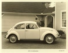 1972 VW SUPER BEETLE - Mom's car from whenI was a kid! But hers had t-shirts over the front seats!
