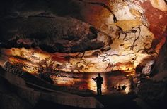 The Lascaux Caves in the Dordogne region of southwest France contain some of the oldest and finest prehistoric art in the world. The cave paintings Stonehenge, Lascaux Cave Paintings, Chauvet Cave, Bastet, Paleolithic Art, Cave Drawings, Dordogne, Ancient Civilizations, Ancient Art