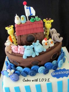 Noah's Ark cakes and cupcakes