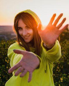 Julia ⠀ #portrait #girl #sunset #500px #adobe #portraitphotography #portraitmood #portraitphotographer #makeportraits #springportraits #artovvisuals #aov #moodygrams #syberia #siberiangirl #novokuznetsk #kemerovo #novosibirsk N Girls, Portrait Photographers, Adobe, Sunset, How To Make, Instagram, Fashion, Moda, La Mode