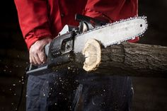 The Best Electric Chainsaw Reviews and Advice http://www.electrichainsaw.com