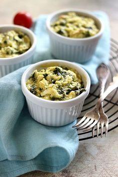 Feta, Macaroni And Cheese, Oatmeal, Breakfast, Ethnic Recipes, Mac Cheese, The Oatmeal, Rolled Oats, Mac And Cheese