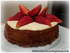 Chocolate and yoghurt cake - Six Healthy Birthday Cakes - Natural New Age Mum Healthy Birthday Cakes, New Birthday Cake, Healthy Carrot Cakes, Healthy Desserts, Birthday Ideas, Healthy Recipes, Chocolate Yogurt Cake, Healthy Chocolate, Easy Eat