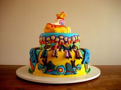 OMG! OMG! this cake is so cool - I love it. Beatles Yellow Submarine Cake