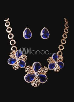 Noble Flower Brides Wedding Jewelry Set. Earrings Size 2.5*1.7 cmPendant Size 4.8 cmChain Length 42 cm. See More Wedding Jewelry Sets at http://www.ourgreatshop.com/Wedding-Jewelry-Sets-C924.aspx