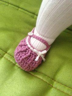 Patucos ganchillo. Baby booties crochet.