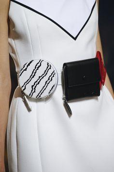 Kenzo Spring 2016 Ready-to-Wear Fashion Show Details