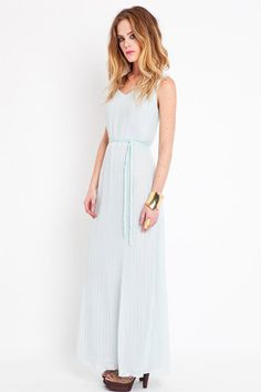 51d7538d6902 16+Alternative+Wedding+Dresses+You ll+Love+ refinery29 Blue