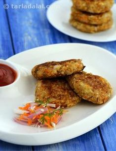 Broken Wheat and Paneer Patties, broken wheat, paneer, mushroom and some veggies can together make a mouth-watering patty, flavoured in oriental style with soy sauce and chilli sauce.