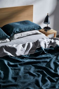 Cool, Minimal Bedroom Decor Like pared back, minimal bedroom styling? Layer linen sheets in cool tones such as our Petrol and Fog.