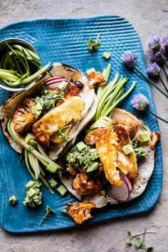 <--the best. The post Roasted Cauliflower Fried Halloumi Tacos with Spicy Avocado Basil Salsa. appeared first on Half Baked Harvest. Spiced Cauliflower, Cauliflower Recipes, Fried Halloumi, Vegetarian Recipes, Healthy Recipes, Vegetarian Dish, Half Baked Harvest, Quesadillas, Carnitas