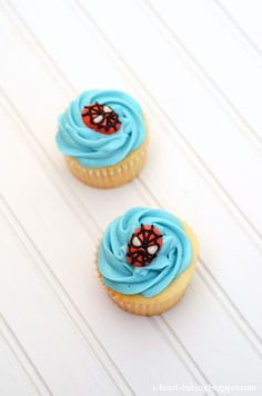 i heart baking!: spiderman cupcakes