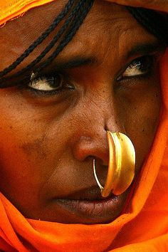 Woman With Nose Ring Keren, Eritrea, Eric Lafforgue We Are The World, People Around The World, Eritrean, Grace Jones, Beauty Around The World, African Culture, Body Modifications, World Cultures, Body Painting