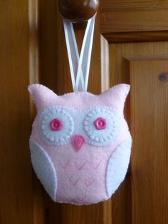 Felt hanging owl decoration - lovely baby gift! www.etsy.com/shop/sewjunejones