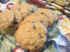 Ma cuisine...sans prétention: Galettes aux dattes ou aux raisins Biscuits Aux Raisins, Biscuit Cookies, Granola, Macarons, Coco, Cookie Recipes, Mashed Potatoes, Blueberry, Muffins