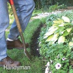 Landscape Edging: Hate the look of plastic landscape edging? For a more informal, natural border around planted areas, try trench edging and mulch borders.