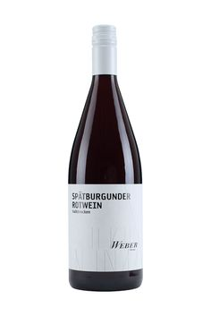 Weingut Weber   Ettenheimer Kaiserberg    SPÄTBURGUNDER ROTWEIN 1 LITER halbtrocken »ROTES MULTITALENT« Der Spätburgunder Rotwein betört mit seinen samtigen und fruchtigen Aromen und passt zu allen Gelegenheiten. Im Glas schimmert der rote, aromatische Tropfen und versprüht seinen Charme – ein Multitalent! 6,00 € #Weingut #Weber #Wein #Spätburgunder #Rotwein #halbtrocken #Qualitätswein #Design #Architektur #Packaging