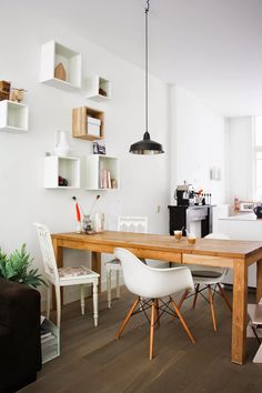 my scandinavian home: A light and relaxed Amsterdam home - and give-away winner!