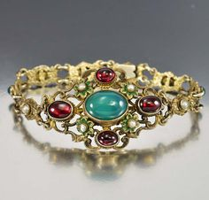 I love Austro Hungarian jewelry! Just listed this garnet and chrysoprase bracelet. If you're interested.DM me for details! Antique Jewellery Online, Antique Jewelry, Vintage Jewelry, Victorian Jewelry, Austro Hungarian, Stone Jewelry, Garnet, Turquoise Bracelet, Jewelry Accessories