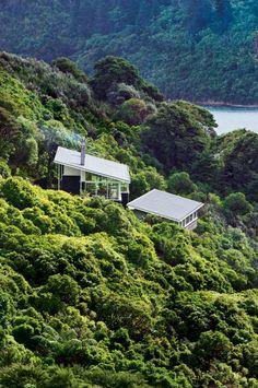 Fabulous Isolated Family Holiday House in New Zealand | DesignRulz