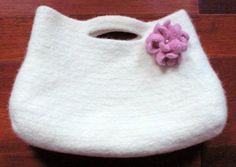 Pretty Petals Felted Bag Crochet Pattern