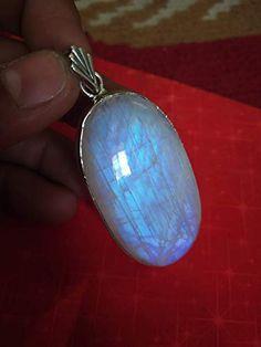 Moonstone Pendant, Moonstone Jewelry, Gemstone Jewelry, Statement Jewelry, Pendant Jewelry, Silver Jewelry, Pendant Necklace, Birthstone Pendant, Birthstone Jewelry