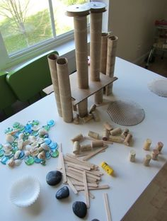 Tabletop loose parts creative activity for kids. Love this kind of open ended building and creating activity Emilia emilia ideas classroom art Creative Activities For Kids, Creative Play, Preschool Activities, Crafts For Kids, Creative Curriculum Preschool, Summer Activities, Reggio Emilia, Play Based Learning, Early Learning