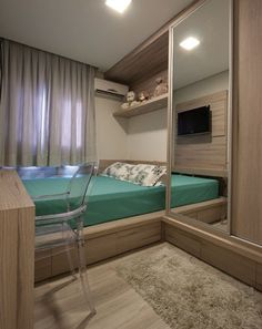 Platform Bed Ideas - Assume platform beds are simply for modern-style bed rooms? Success Gallery reveals you platform beds that fit any kind of design bed room. Small Rooms, Small Apartments, Small Spaces, Trendy Bedroom, Modern Bedroom, Home Bedroom, Bedroom Decor, Bedrooms, Kids Bedroom