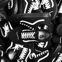 20 Best My Sneakers images Sneakers, Patrick dempsey  Sneakers, Patrick dempsey