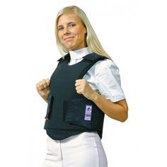 Deze bodyprotector is schokabsorberend en lucht doorlatend. Hij is door de klittenbandsluiting aan de zijkanten en de klittenbandsluitingen op de schouders eenvoudig te verstellen. Gemaakt van 100% polyester. Beta 3, 2000