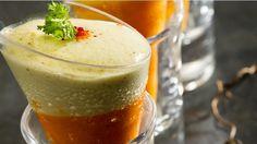 Verrines de crème de carottes et mousse de chèvre _ http://www.cuisineaz.com/dossiers/cuisine/verrines-aperitif-noel-13913.aspx