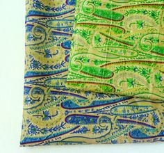 "Green Paisley Fabric,  Indian Cotton,  Block Print cotton fabric, Indian fabric, Fat quarter Fabric      This beautiful cotton fabric is perfect for any kind of sewing or quilting projects. Use the fabric for Skirt, summer dresses, purse,bag, quilt, patchwork, etc    Fabric : Soft cotton     Dimension 18"" x 21""    Usage : Dress, tunic, bag making, quilting, fashion, general sewing and crafting.     Maintenance : Machine washable    All fabrics are carefully handpicked to assure the quality…"