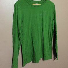 Long sleeve bird shirt Green long sleeve never worn Old Navy Tops Tees - Long Sleeve