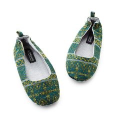 140423939186c7 50 meilleures images du tableau chaussures | Slippers, Shoe et ...