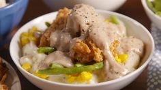 There's A Serious Time-Saving Hack To Making These Chicken Fried Steak Bowls Chicken Fried Steak, Learn To Cook, How To Cook Chicken, Food Videos, Fries, Meat, Cooking, Recipes, Baking Center