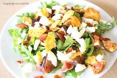 salade met vijgen, serrano, mozzarella en kaaskrokantjes