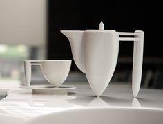 modern #tea set, I really enjoy the balance perfection worked into this design. harmony. epiteashop.com