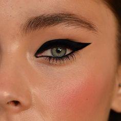 Extreme cat eye - love it!
