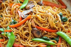 Total sodium per serving: 133mg Total calories per serving: 303 Servings: 4 Ingredients 8 ounces lo mein egg noodles 1 tablespoon olive oil 2 cloves garlic, minced 2 cups cremini mushrooms, sliced 1 red bell pepper, julienned 1 carrot, julienned 1/2 cup snow peas 3 cups baby spinach FOR THE SAUCE: 2 tablespoons soy sauce …