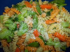 Easy pasta salad to bring to a potluck or have with some grilled chicken. YUMMY!!!
