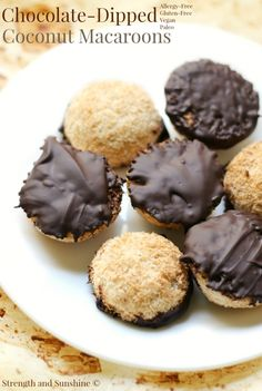 Sweet and fancy treat for any occasion! Chocolate-dipped Coconut Macaroons are a delicious and easy, gluten-free, vegan, paleo, and allergy-free dessert recipe. Everyone will be wowed by this healthy coconut and chocolate bite! Paleo Dessert, Healthy Dessert Recipes, Real Food Recipes, Cookie Recipes, Delicious Desserts, Keto Recipes, Healthy Sweets, Free Recipes, Köstliche Desserts