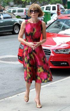 Anna Wintour Print Dress - Anna Wintour Clothes Looks - StyleBistro