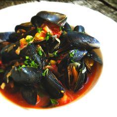 Van mijn Zeeuwse mosselen recept op Spaanse wijze krijg ik nooit genoeg. Doordat ik…… tomatensaus geen vette sauzen. Gezond recept mosselen ook kidsproof.