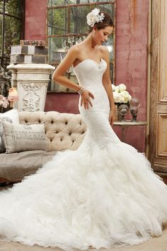 Aisle Style: Stunning Mermaid Wedding Dresses