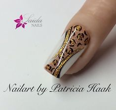 """If you're unfamiliar with nail trends and you hear the words """"coffin nails,"""" what comes to mind? It's not nails with coffins drawn on them. It's long nails with a square tip, and the look has. Fancy Nails, Trendy Nails, Cute Nails, Nail Art Stripes, Striped Nails, Color Stripes, Nail Art Design 2017, Nail Art Designs, Nails Design"""