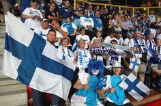 VISTO DAL basso    : VOLLEY Europei, Torino freddina con gli azzurri. P...