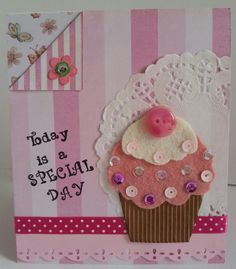 biglietto compleanno cupcake feltro rosa e paillettes : Biglietti di chiara-scrapchic