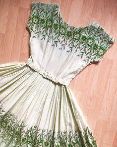 Vintage #1950s Heavily Embroidered Floral Belted Cotton SundressSIZ
